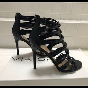 Via Spiga black heels size 71/2